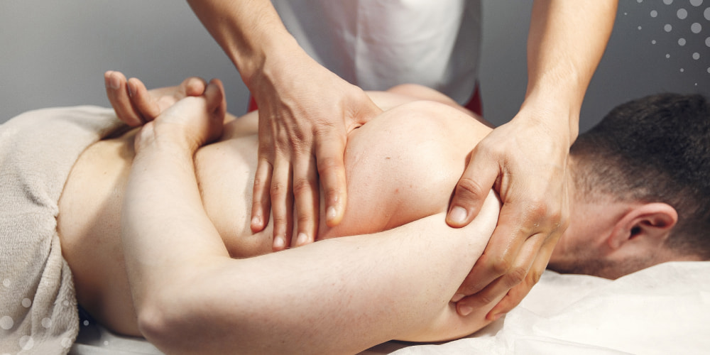 Medical tutorial for shoulder blade pain diagnosis and treatment